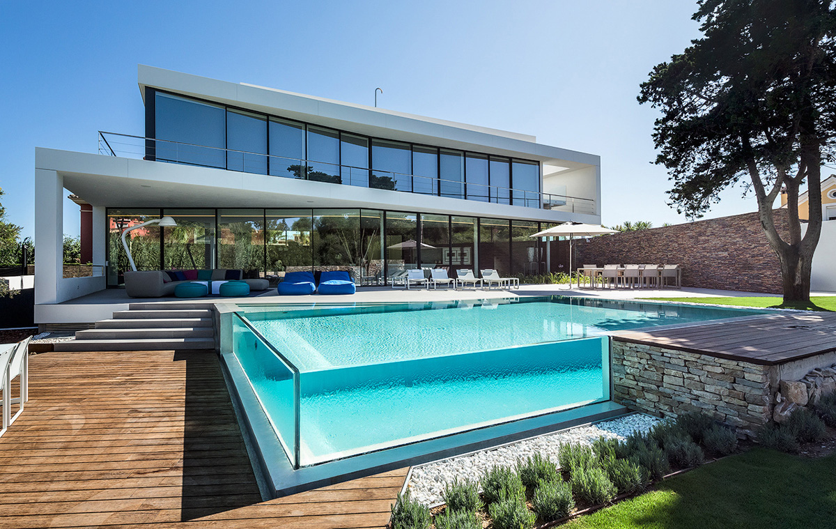 Design Ideas for your new Swimming Pool | buildeey